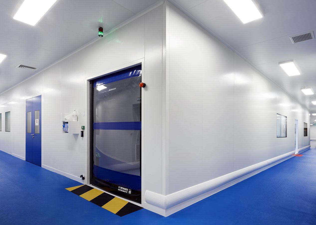 EXCELVISION, filiale du Groupe FAREVA a confié la réalisation de sa salle blanche